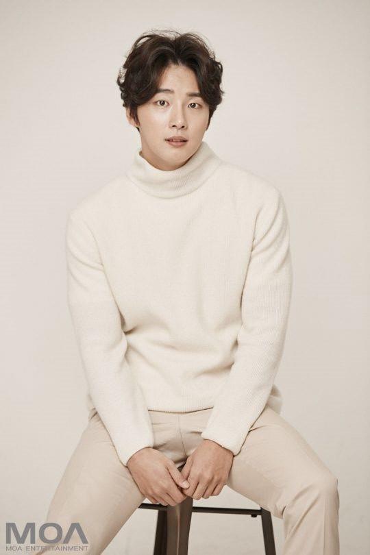 ยุนชียุน (Yoon Shi Yoon) ประวัติดาราเกาหลี