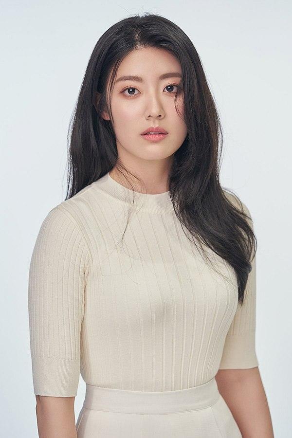 นัมจีฮยอน(Nam Ji Hyun) ประวัติดาราเกาหลี