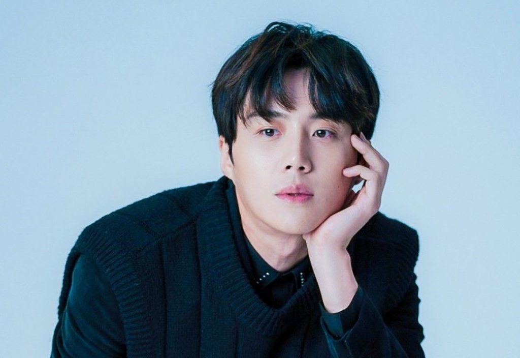 Kim Seon-Ho Archives - InkiStyle