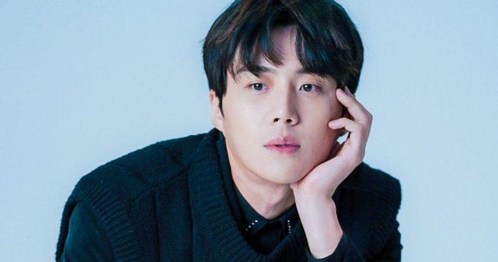"""คิมซอนโฮ(Kim Seon Ho) กำลังเจรจารับบทนำในละครเรื่องใหม่ของนักเขียน """"Suspicious Partner"""""""