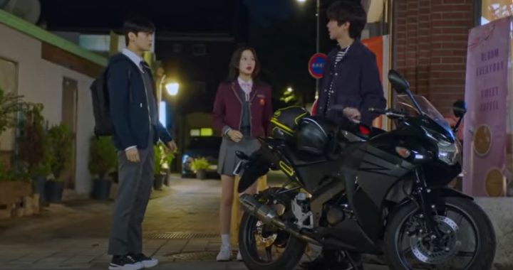 """ชาอึนอู (Cha Eun Woo) วง ASTRO, มุนกายอง(Moon Ga Young) และฮวางอินยอบ(Hwang In Yeob) จมอยู่กับรักสามเส้าอันวุ่นวายในทีเซอร์ใหม่ """"True Beauty"""""""