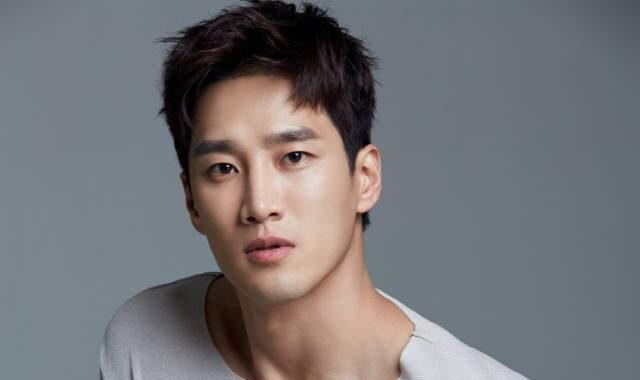 อันโบฮยอน(Ahn Bo Hyun) ดาราเกาหลี