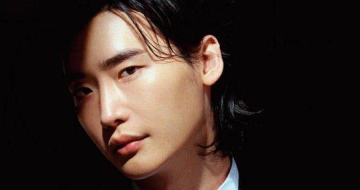 """อีจงซอก(Lee Jong Suk) พูดถึงการรับราชการทหารตัวละครของเขาใน """"Romance Is A Bonus Book"""" และอื่น ๆ"""
