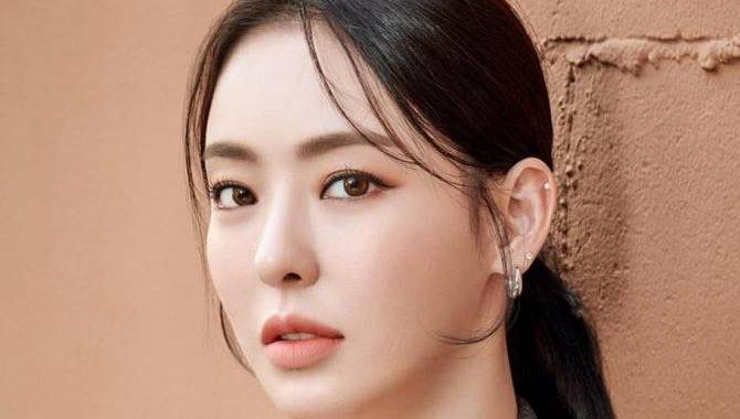 อีดาฮี(Lee Da Hee) ดาราเกาหลี