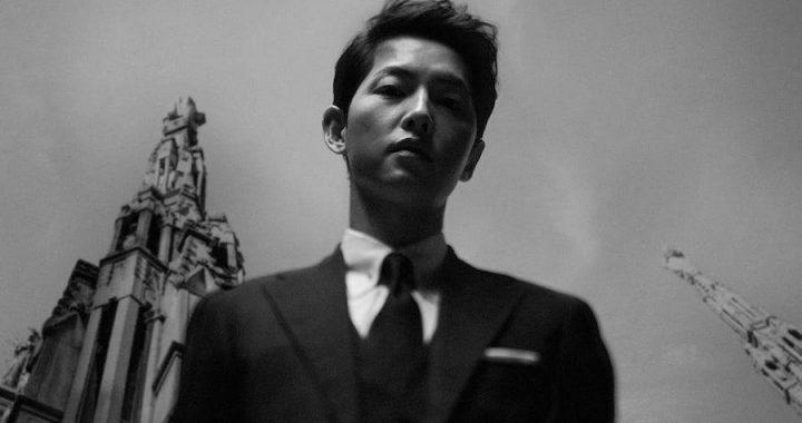 ซงจุงกิ(Song Joong Ki) แสดงเสน่ห์ในโปสเตอร์ขาวดำสำหรับละครเรื่องใหม่ทางช่อง tvN