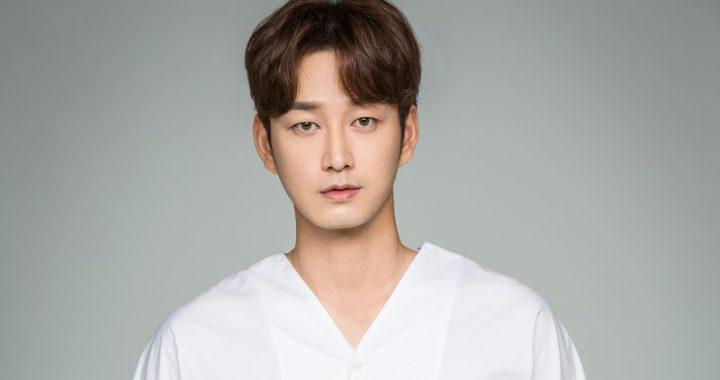 อีฮยอนอุค(Lee Hyun Wook) ประวัติดาราเกาหลี