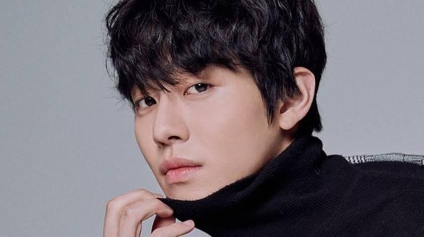 อันฮโยซอบ(Ahn Hyo Seop)