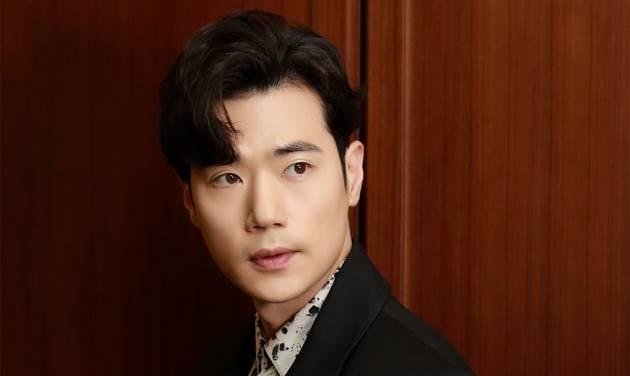 คิมคังอู(Kim Kang Woo) ดาราเกาหลี